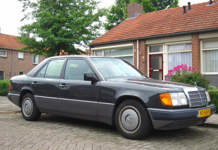 Tyska och franska bilar